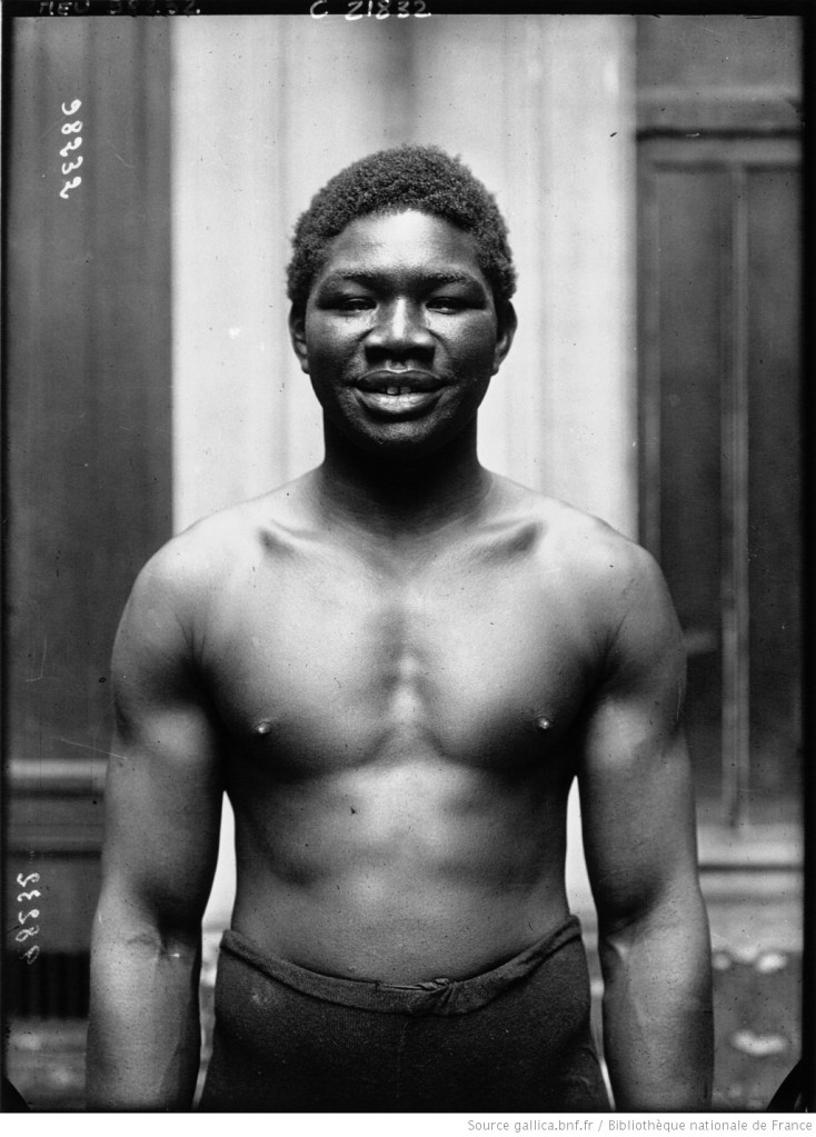 Battling Siki souriant